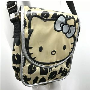 Hello kitty crossbody purse